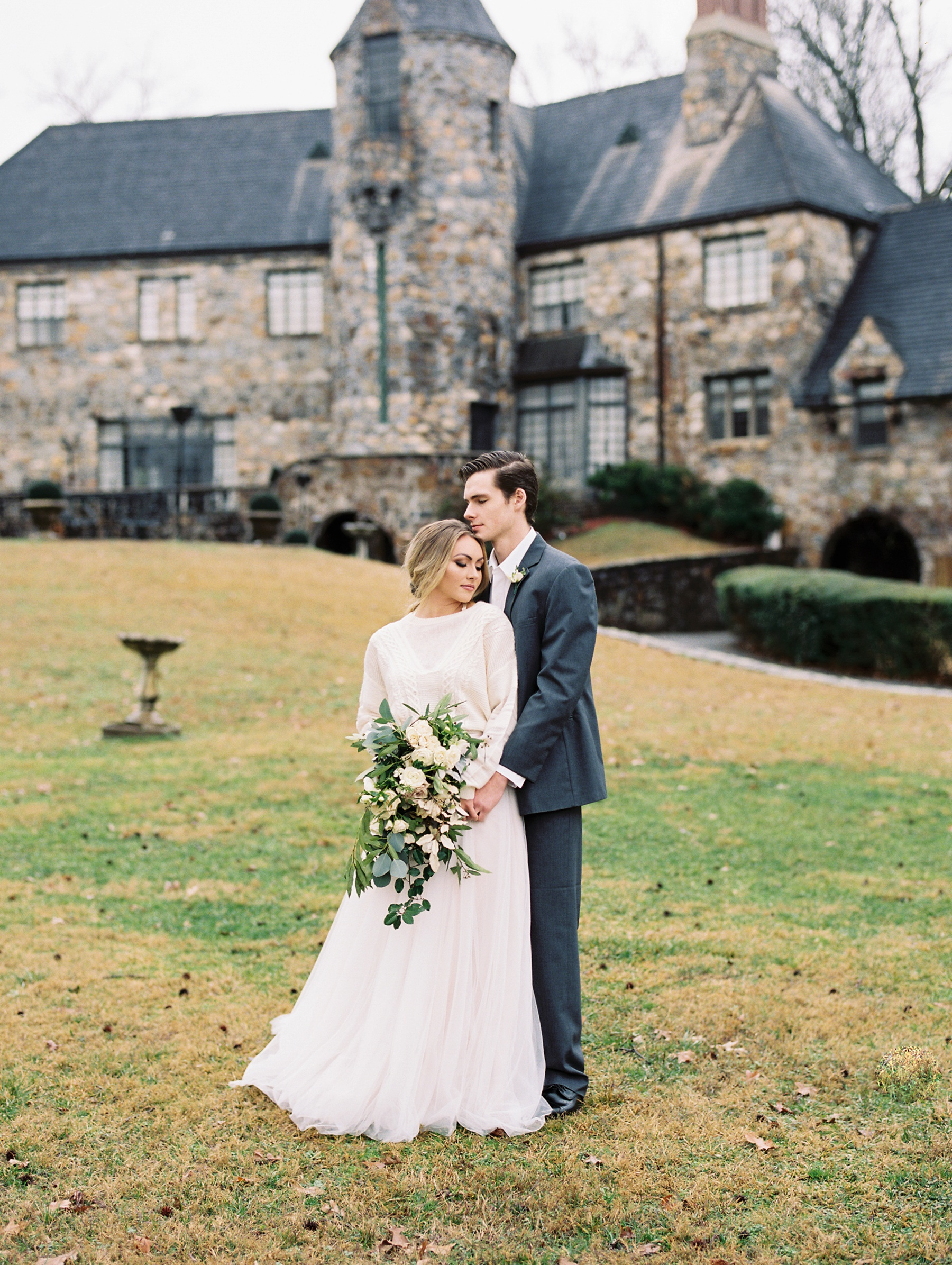 Castle on Stagecoach Arkansas Wedding_0310.jpg
