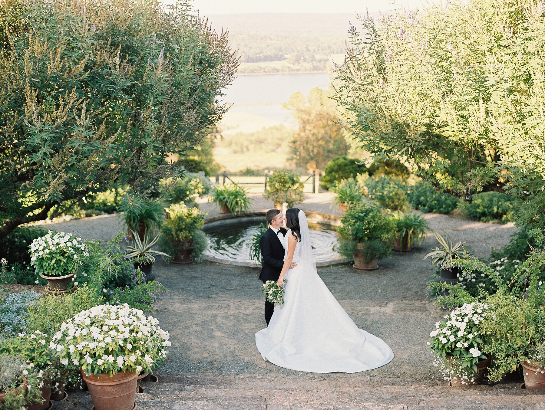 Moss Mountain Farm Wedding Arkansas_1140.jpg