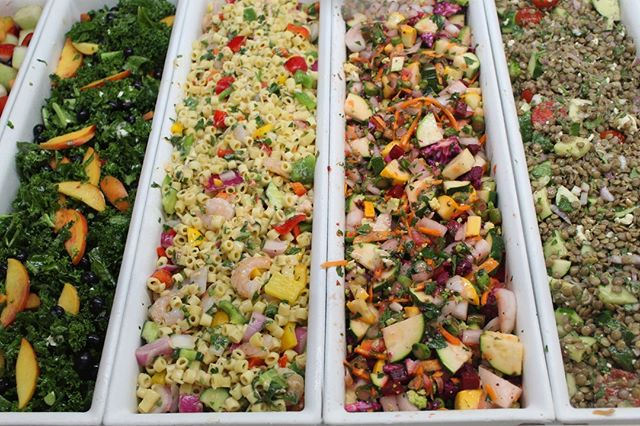 With a salad bar like this, you can't go wrong! Check out all of the ways you can fuel your week at Community Garden.