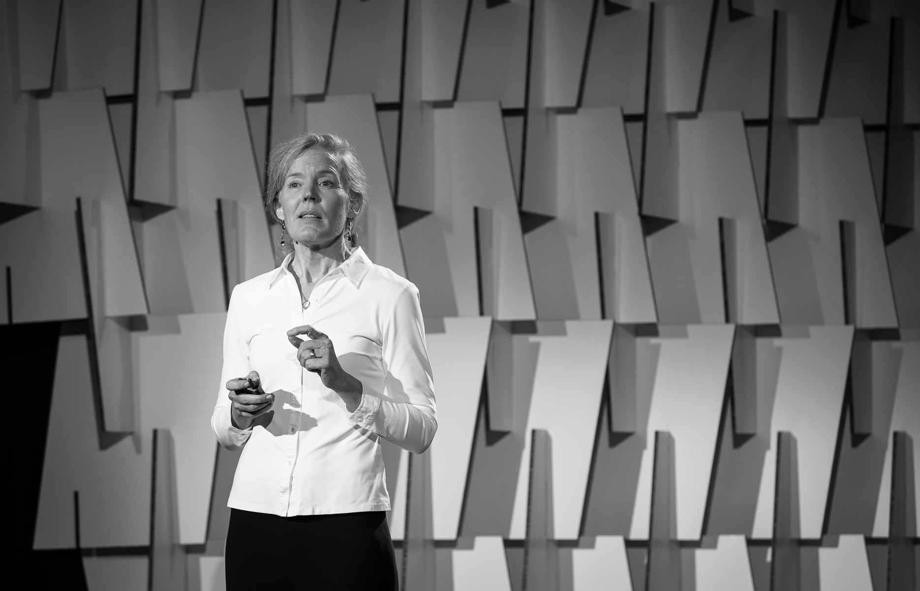 The financial industry has told us for decades what should make us happy...Why isn't it working?Susan Dahl answers this question in her TEDx talk. -