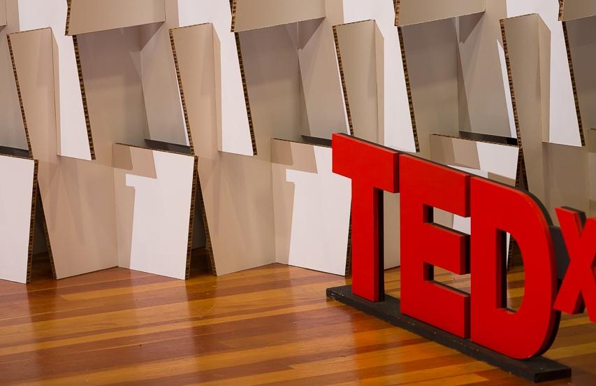 2017 TEDxBeaconStreet Interview with Susan Dahl -
