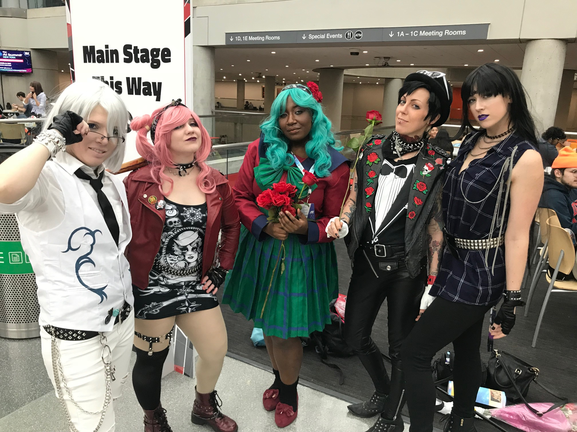 SABMG DERAVILLE COSPLAYERS OF MONTH ANIME4.jpg
