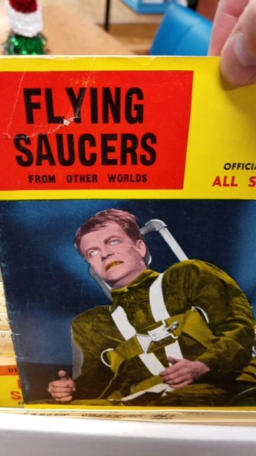 SABMG FLYING SAUCERS ISSUE ROSWELL.JPG