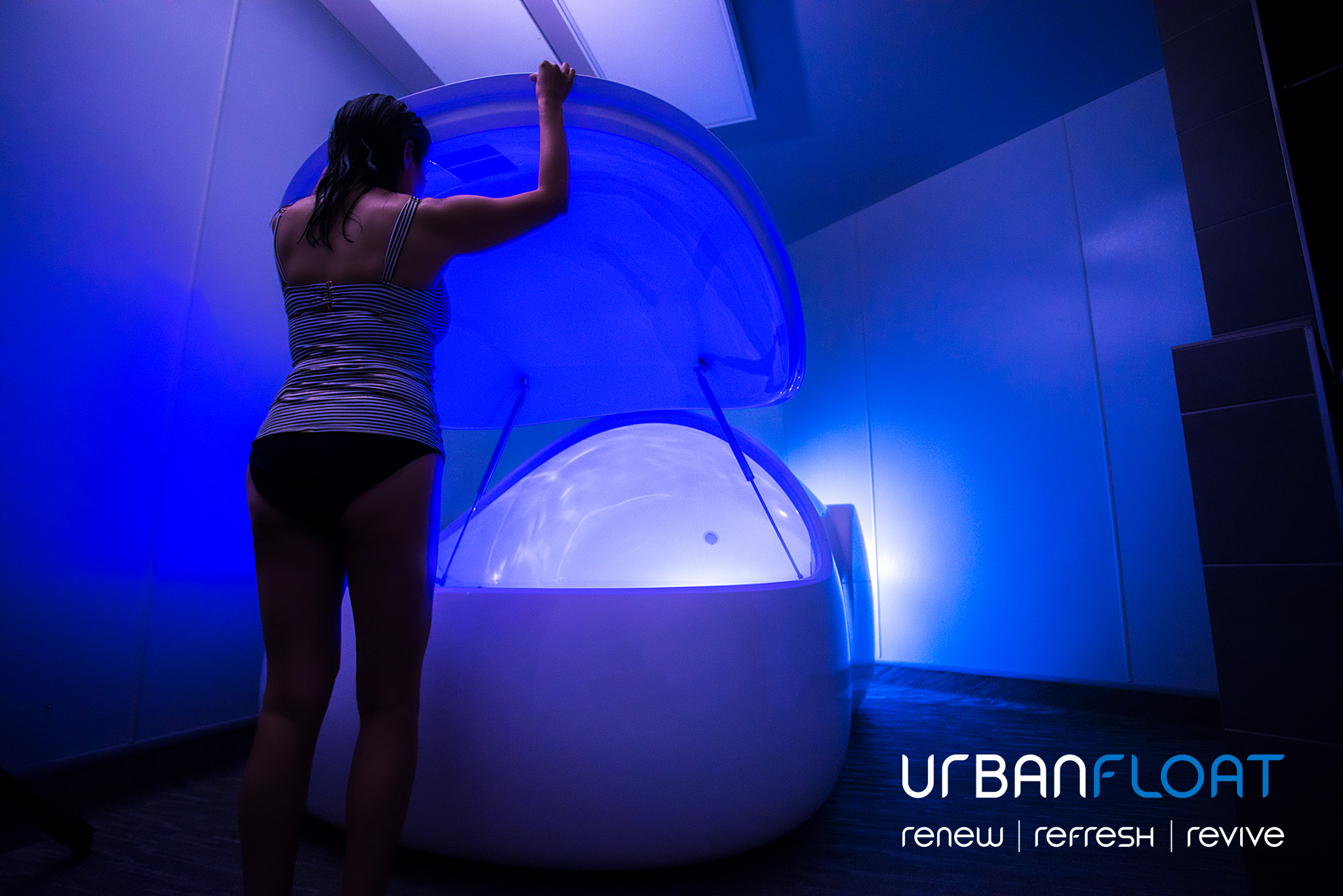 UrbanFloat-Floating-BusinessProfessional-Doris-3.jpg