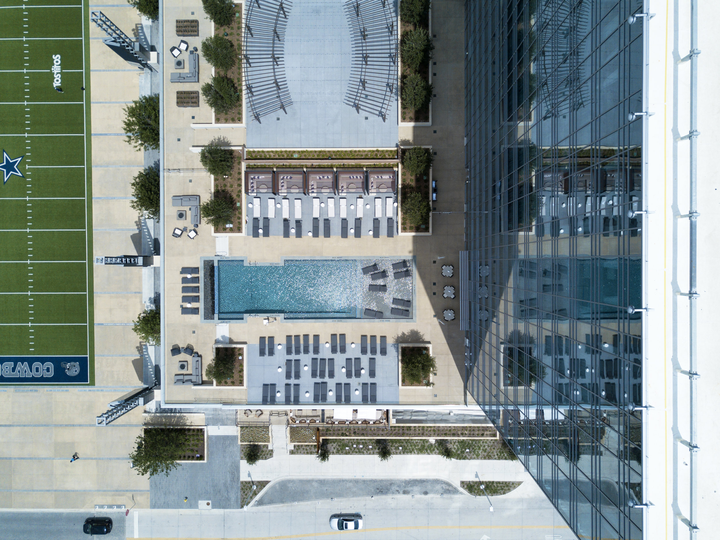 Pool Deck and Plaza_drone photo_Credit Gensler.jpg