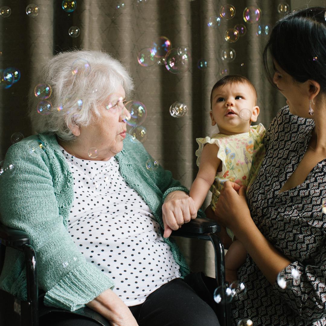 Patricia, Yasmin and baby Ida at Songs & Smiles in Albany Nursing Home, Leyton