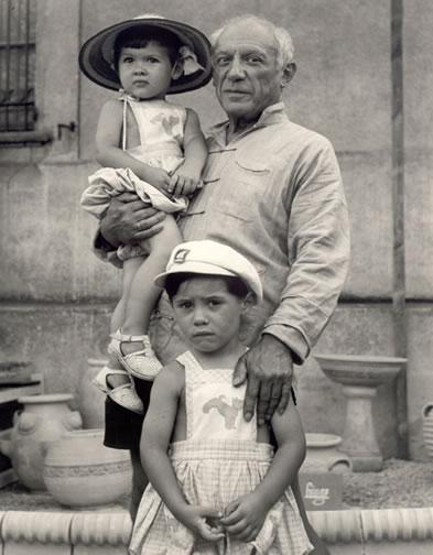 PicassoPhoto1951.jpg