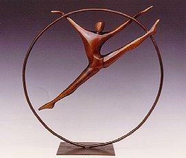 Ring Dancer - Robert Holmes sculpture