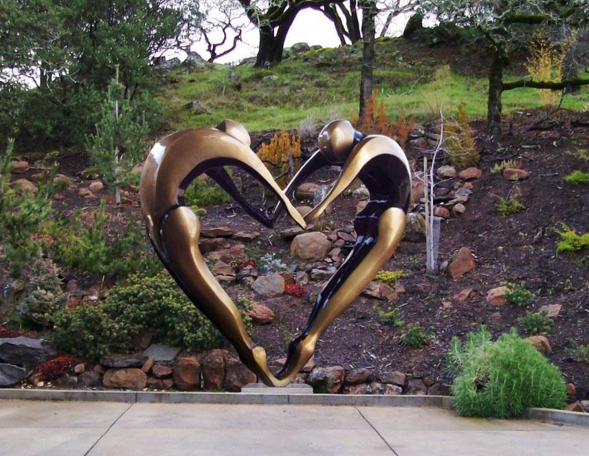 Arched Dancers - Robert Holmes sculpture