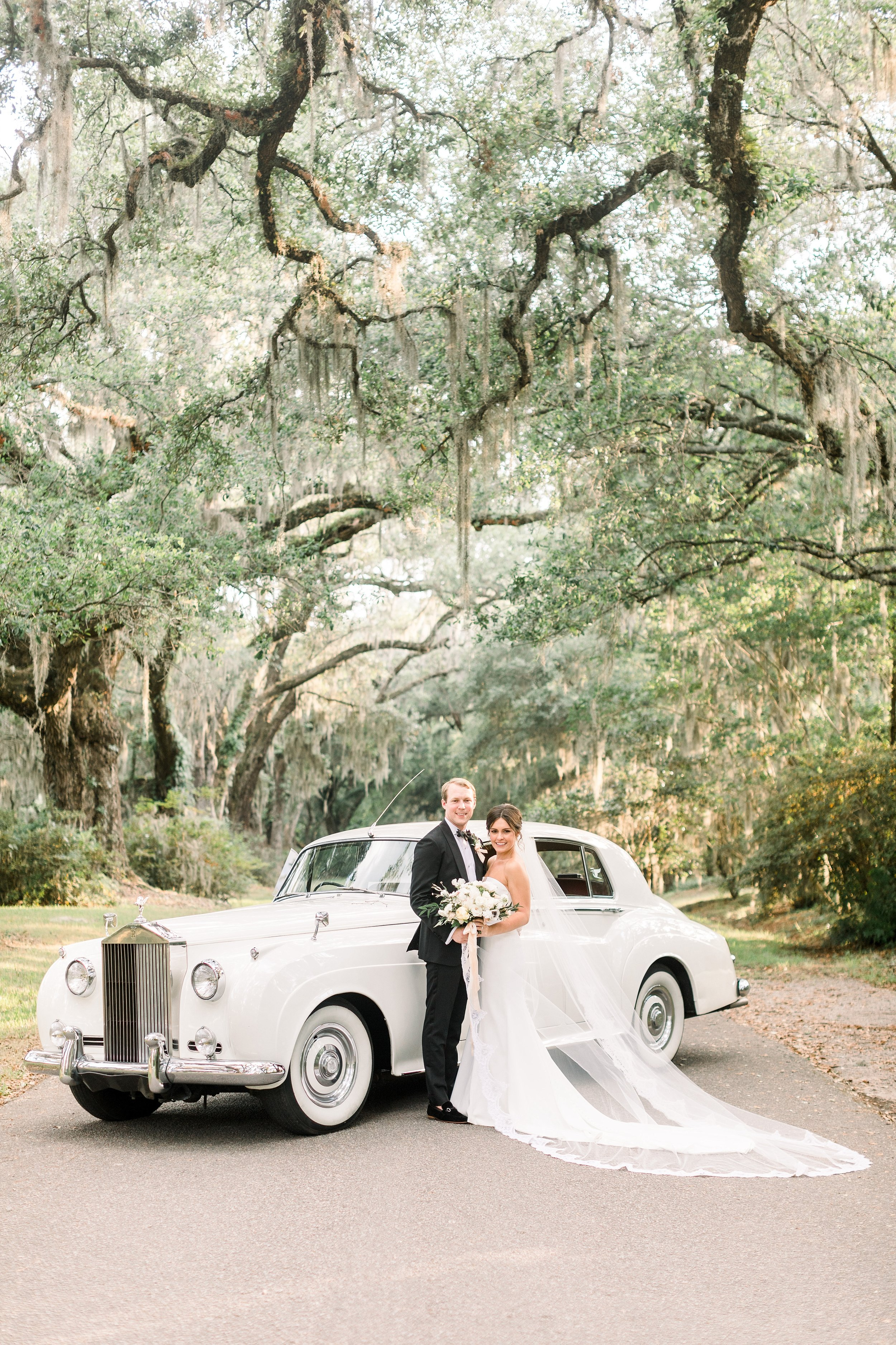 Magnolia Plantation Veranda Wedding_4414.jpg