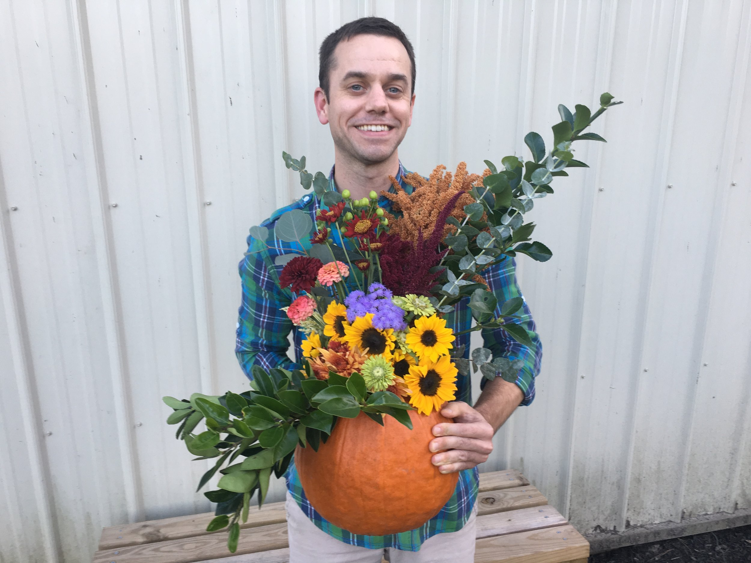 Not too bad for my first pumpkin bouquet.