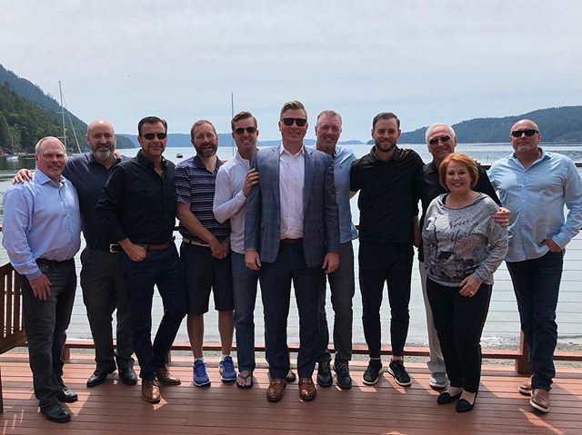 Together we RISE! So thankful that Young & Associates founders, Ray & Linda Young see the value in connecting and growing their knowledge as a leadership group. Mindset and Culture are the lifeblood of sustained success. Thanks @richdethlefs for making it happen!  #RightHere #MindRight #Mindset #Leadership #Culture #Legacy