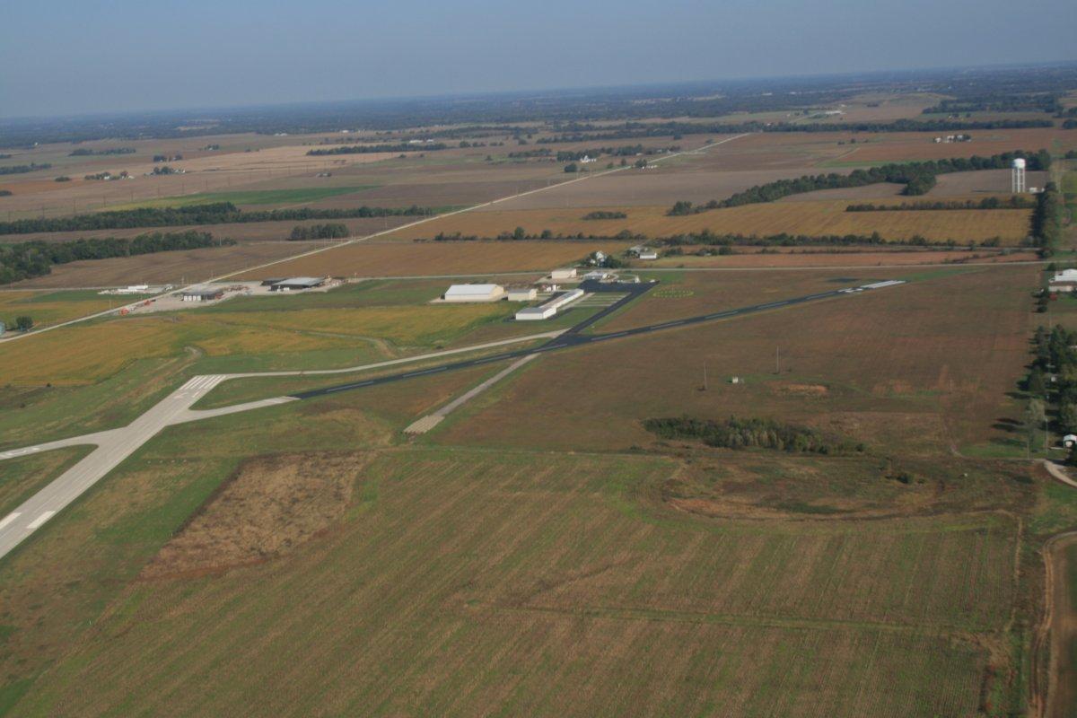 Lamar Municipal Airport: Runway Expansion and New Taxiway