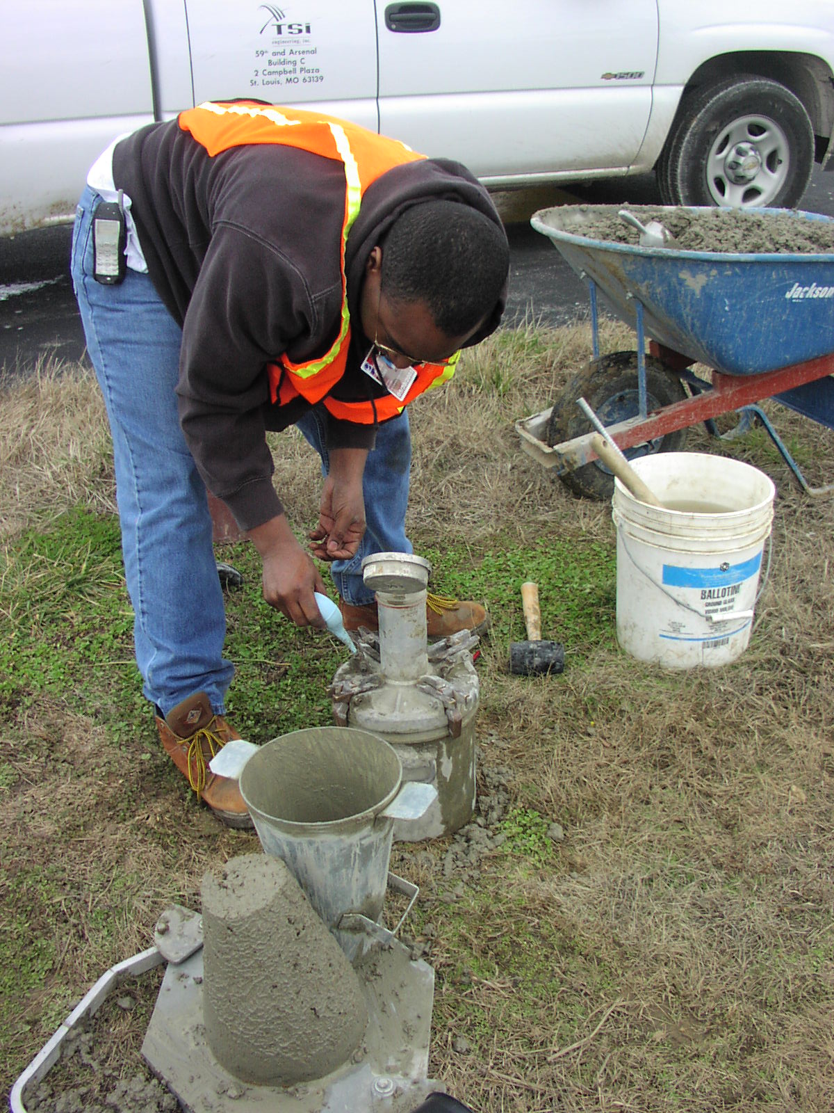 construction observation and materials testing   Our experienced, certified technicians and inspectors perform construction inspection and materials testing services.