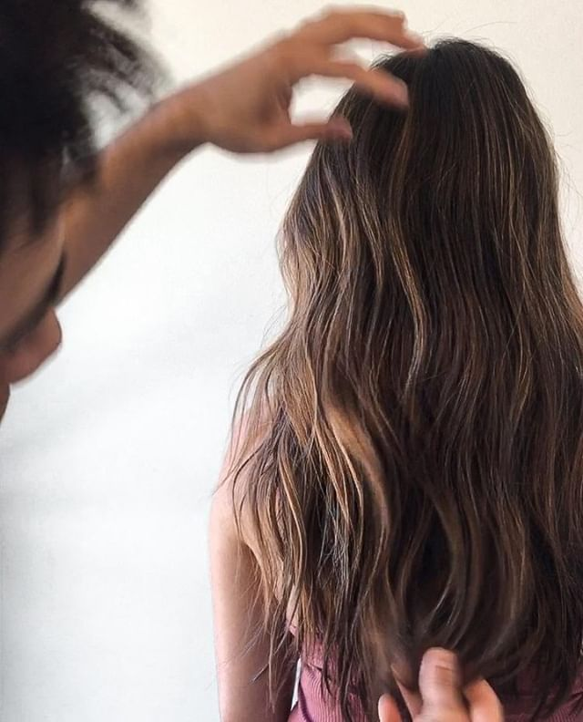 The final touches by @javierjuarezhair  . . . . .   #hair #fashion #hairstyle #longhair #style #model #hairoftheday #haircolor #instahair #hairstyles #haircut #modernsalon #hairideas #healthyhair #roots #balayage #highlight #rootsmudge #roots #haircare  #minneapolis #mn #twincities #thatsdarling #onlyinmn #local #mpls #stpaul #salonminneapolis