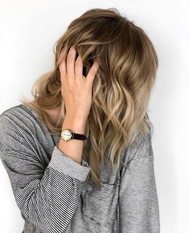 Bye bye 🍓 blonde, hello summer highlights . Model @leah.at.salt Color  @kj.at.salt Syle & photo @Maya.at.salt . Teamwork makes the hair work ✨✌️ . . . . .   #hair #beauty #hairstylist #stylist #beautiful #instahair #hairsalon #style #hairstyle #love #instagood #model #haircolor #photooftheday #haircut #hairgoals #salon #hairinspo #hairofinstagram #minnesota #mn #mpls #thatsdarling #twincities #blonde #highlight #modernsalon