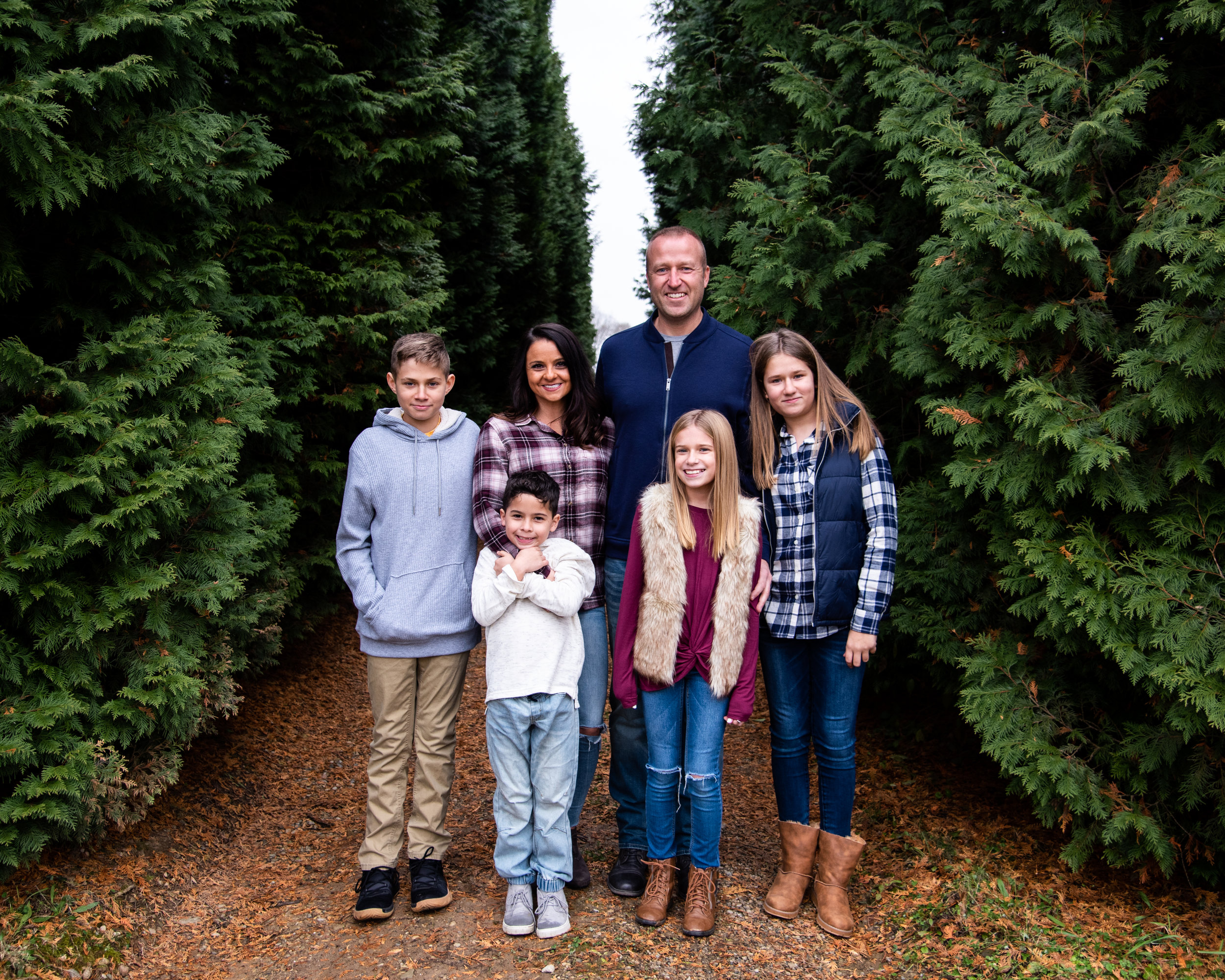 Kyla Jo Photography // Muncie, Indiana Photographer // Whitetail Tree Farm Christmas Tree Farm between Muncie Indiana and New Castle // Family Photo Session // Midwest Family Photographer