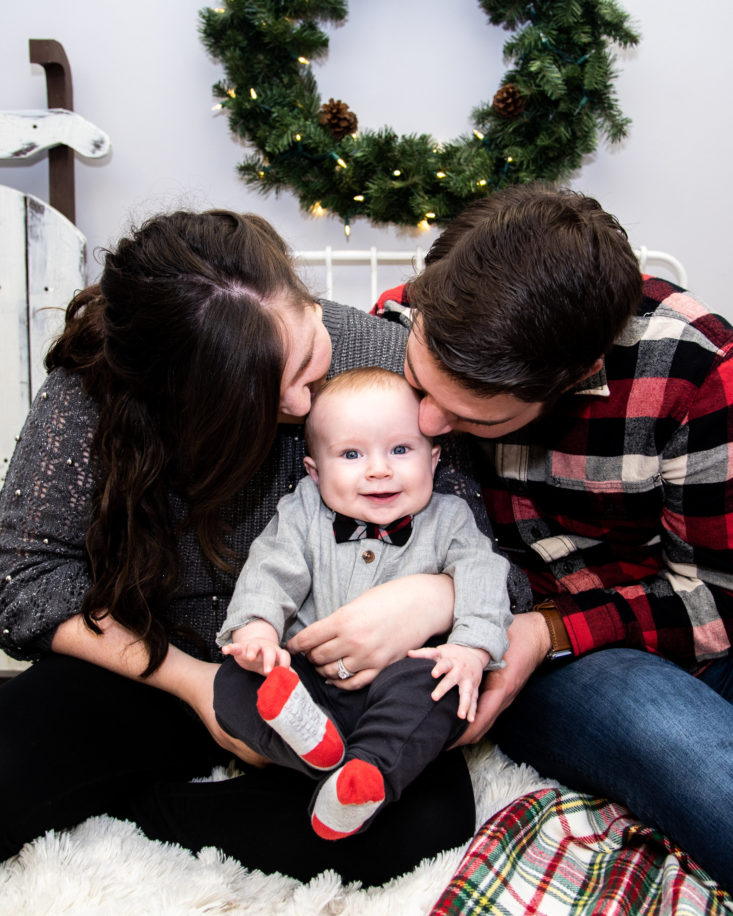 Kyla Jo Photography // Muncie, Indiana // Midwest Photographer // Studio Photographer // Indiana Photography // Christmas Photos