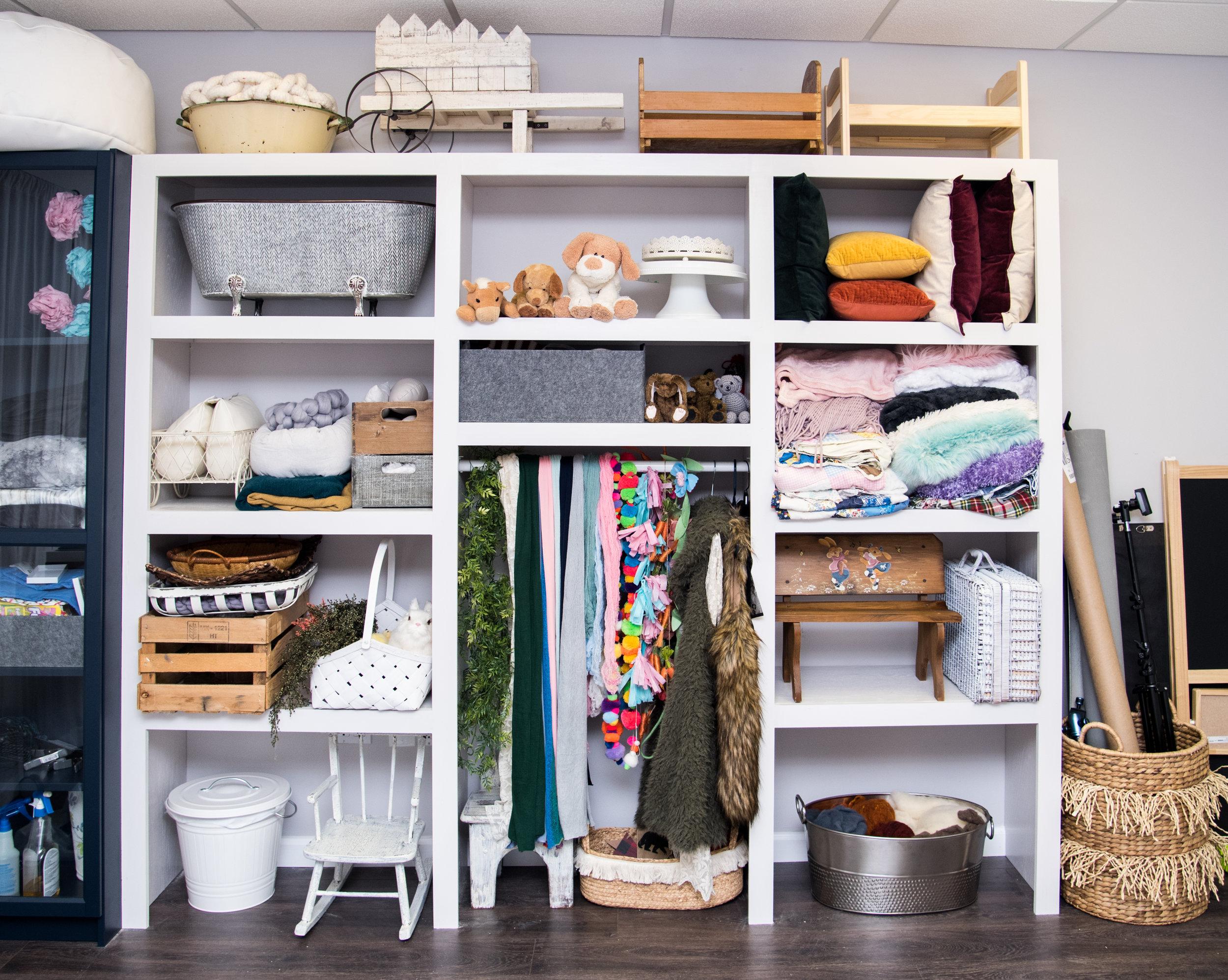 shelf (1 of 10).jpg