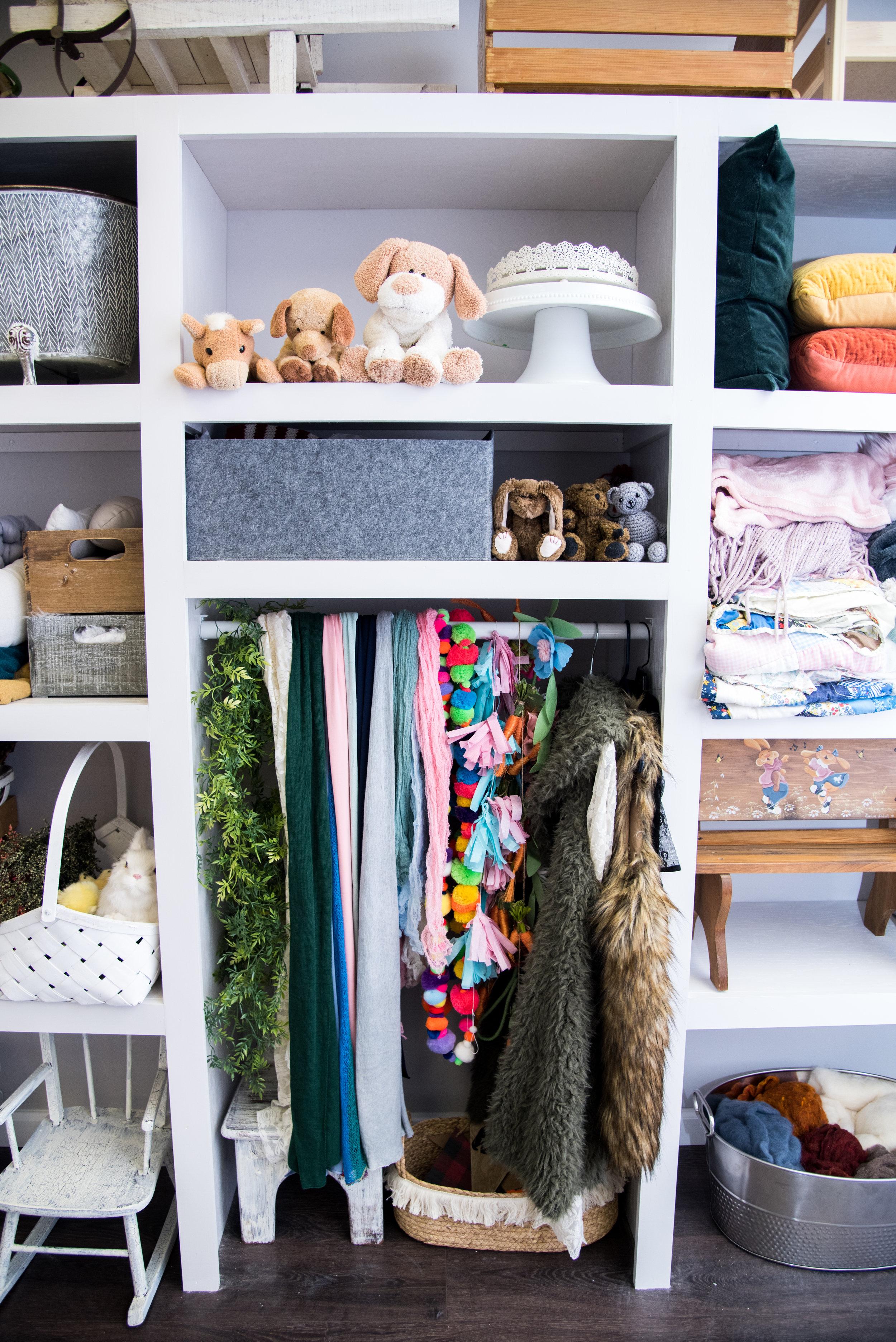 shelf (7 of 10).jpg