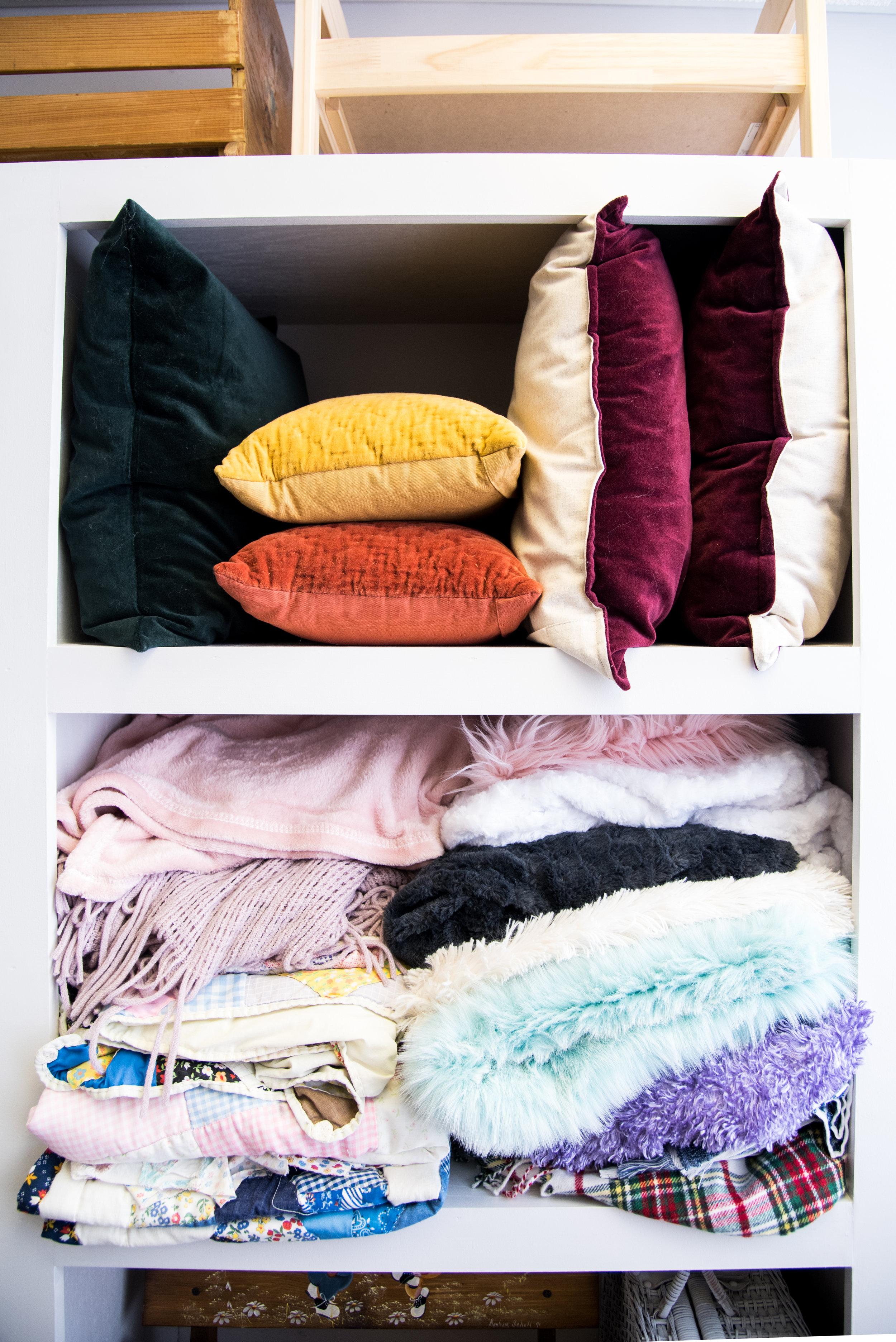 shelf (9 of 10).jpg