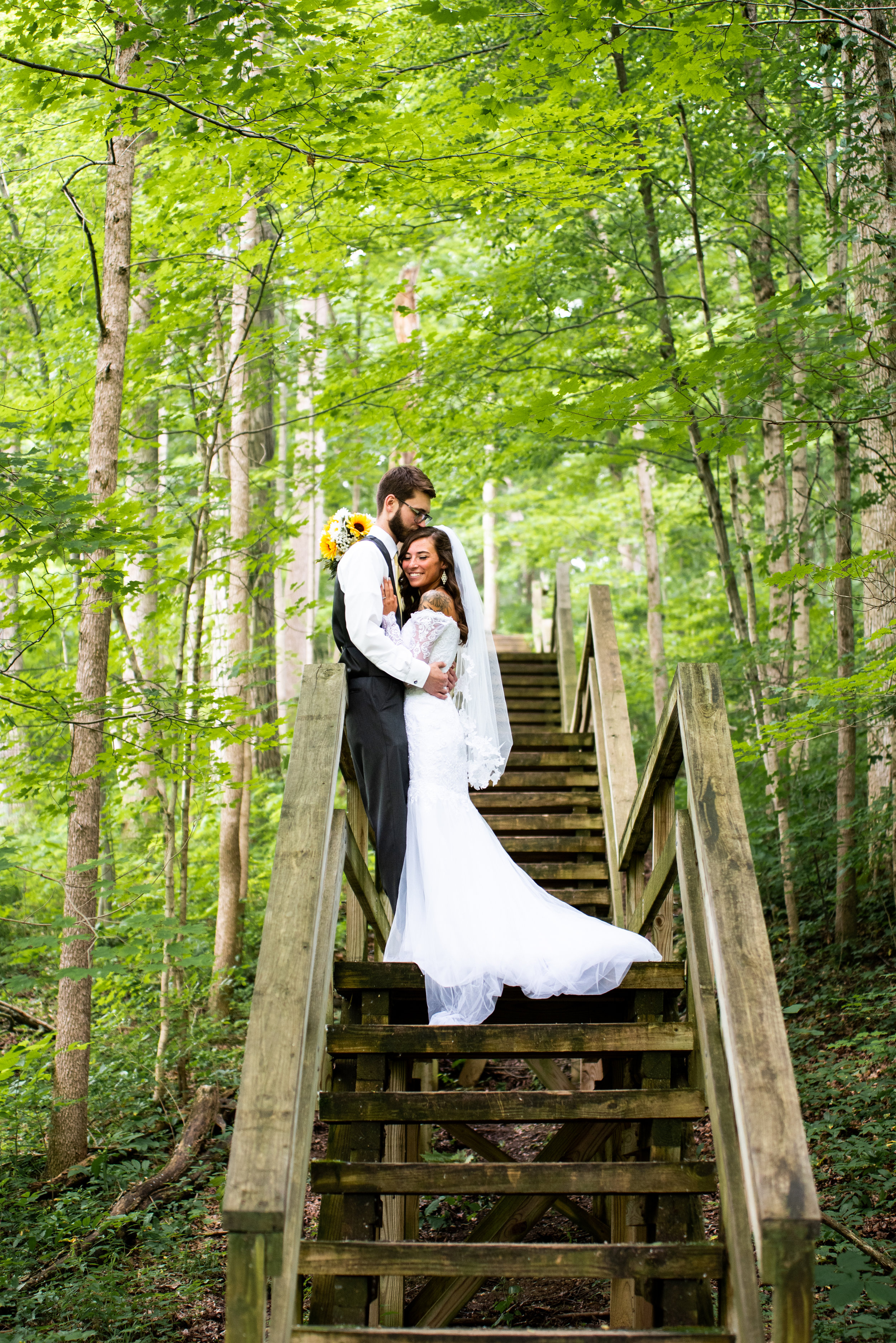 Kyla Jo Photography Muncie, Indiana Weddings Positive Reviews