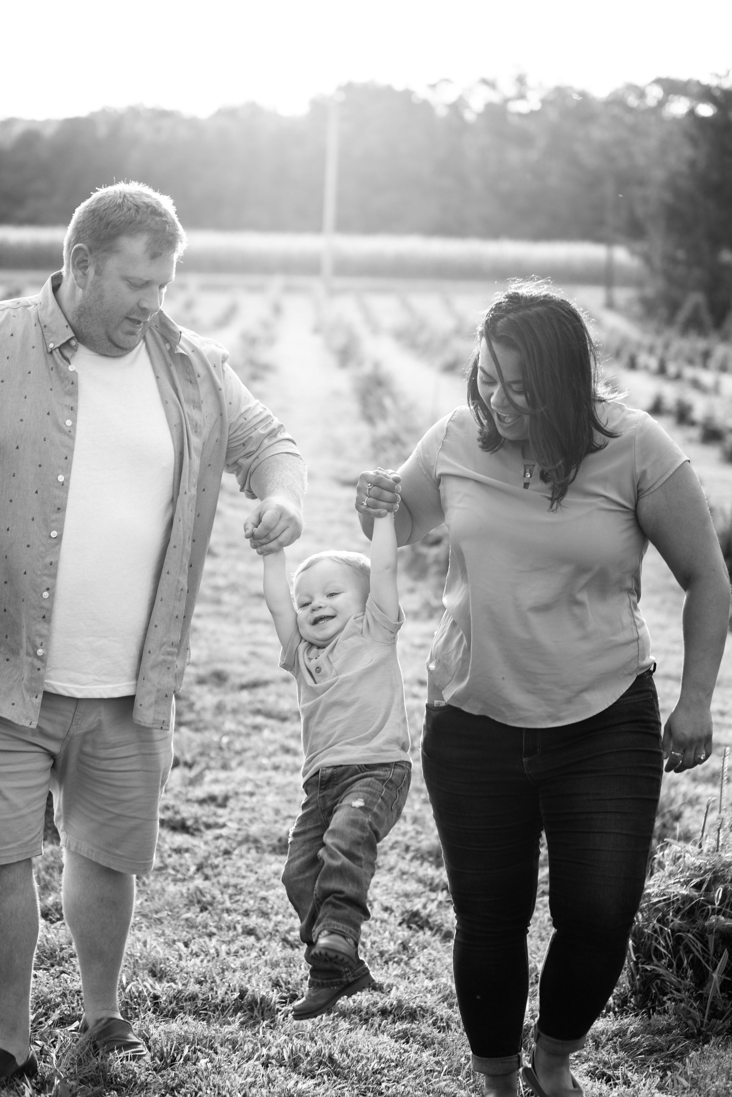 Kyla Jo Photography Muncie Indiana Family Photos Whitetail Tree Farm