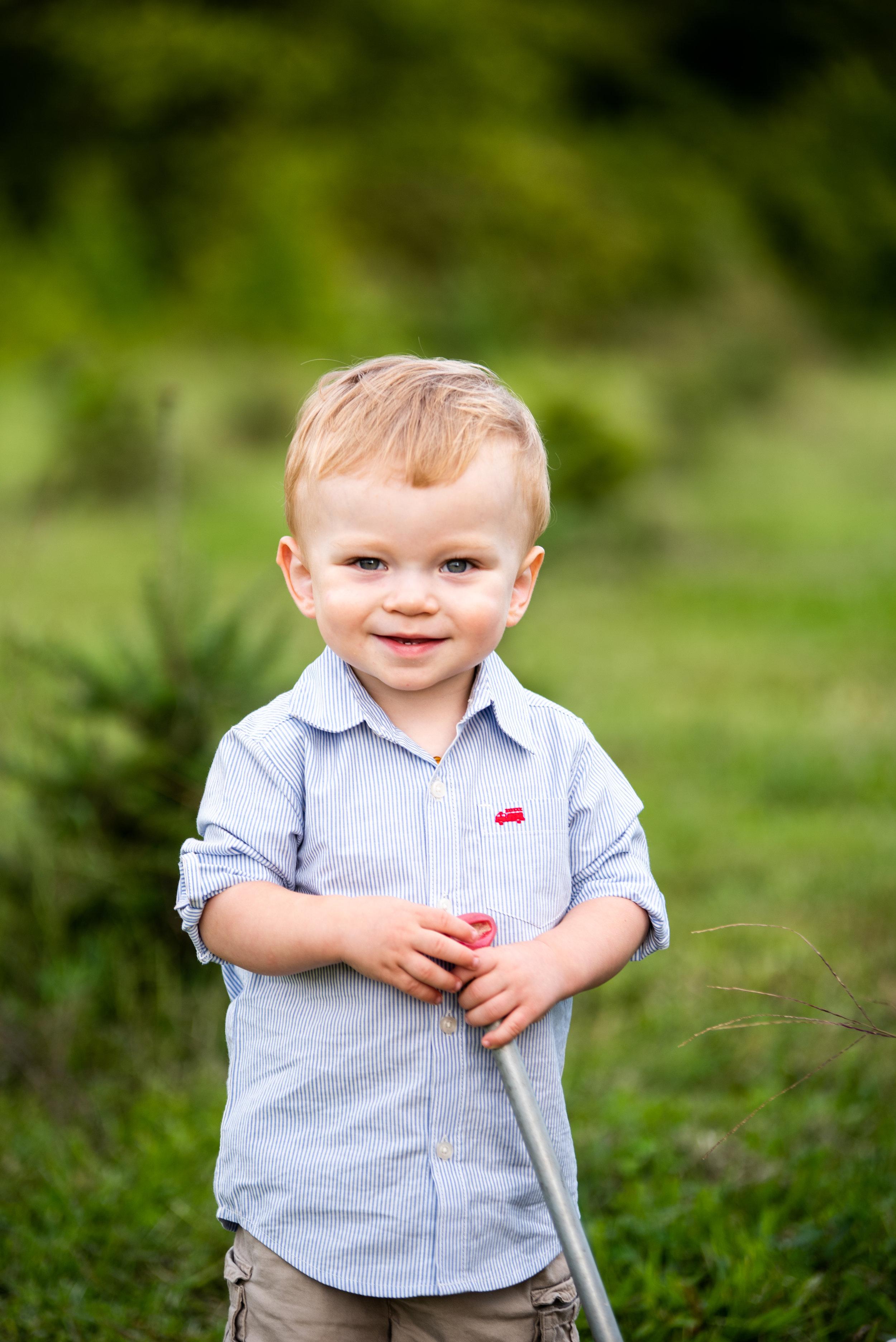 Kyla Jo Photography Muncie Indiana Family Photos Whitetail tree Farm Kid Children Photographer