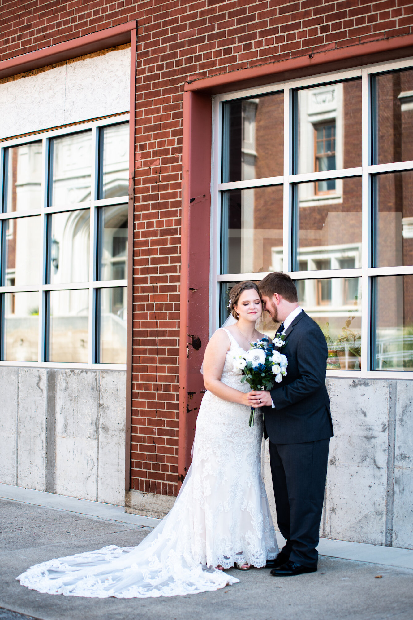 muncie indiana weddings Kyla Jo Photography MadJax Cornerstone