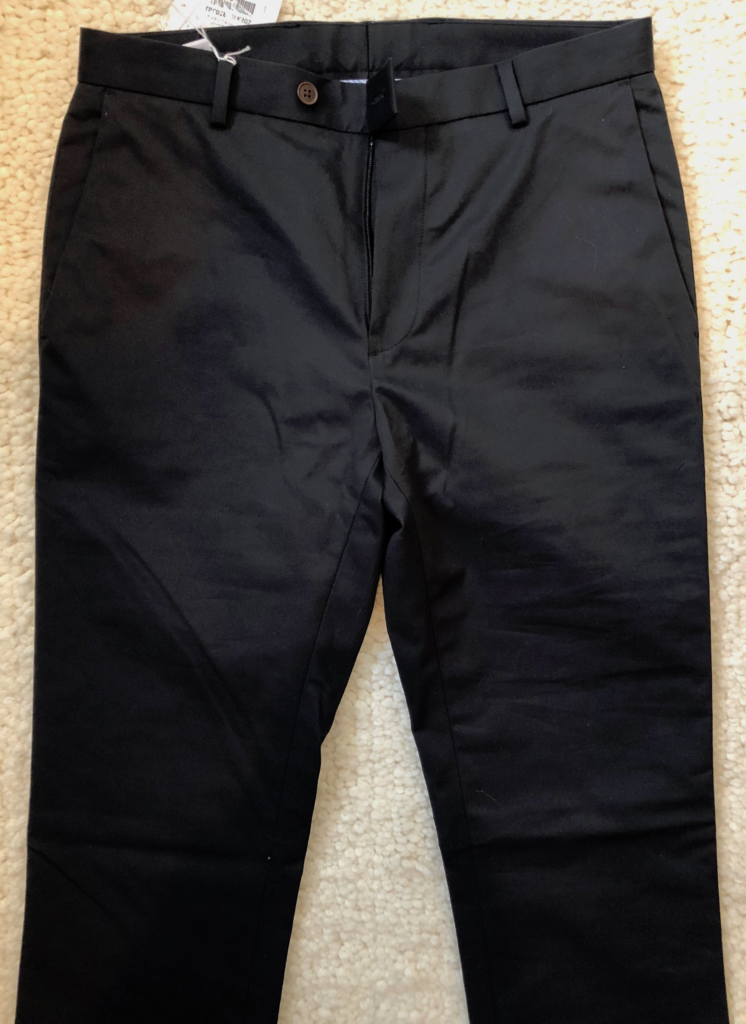 Chinos in black