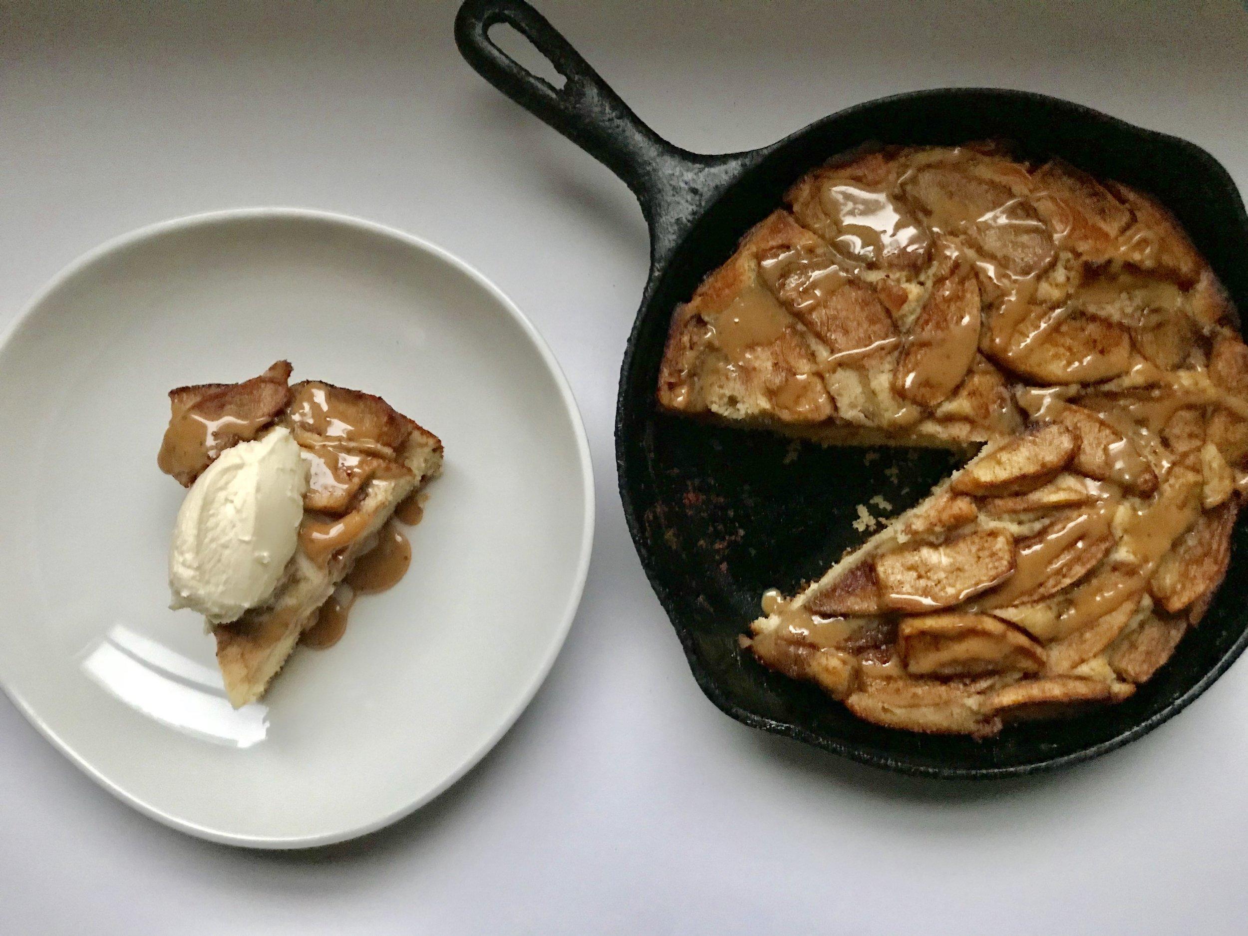 Apple Skillet Cake w. Black Pepper Caramel & Whipped Mascarpone