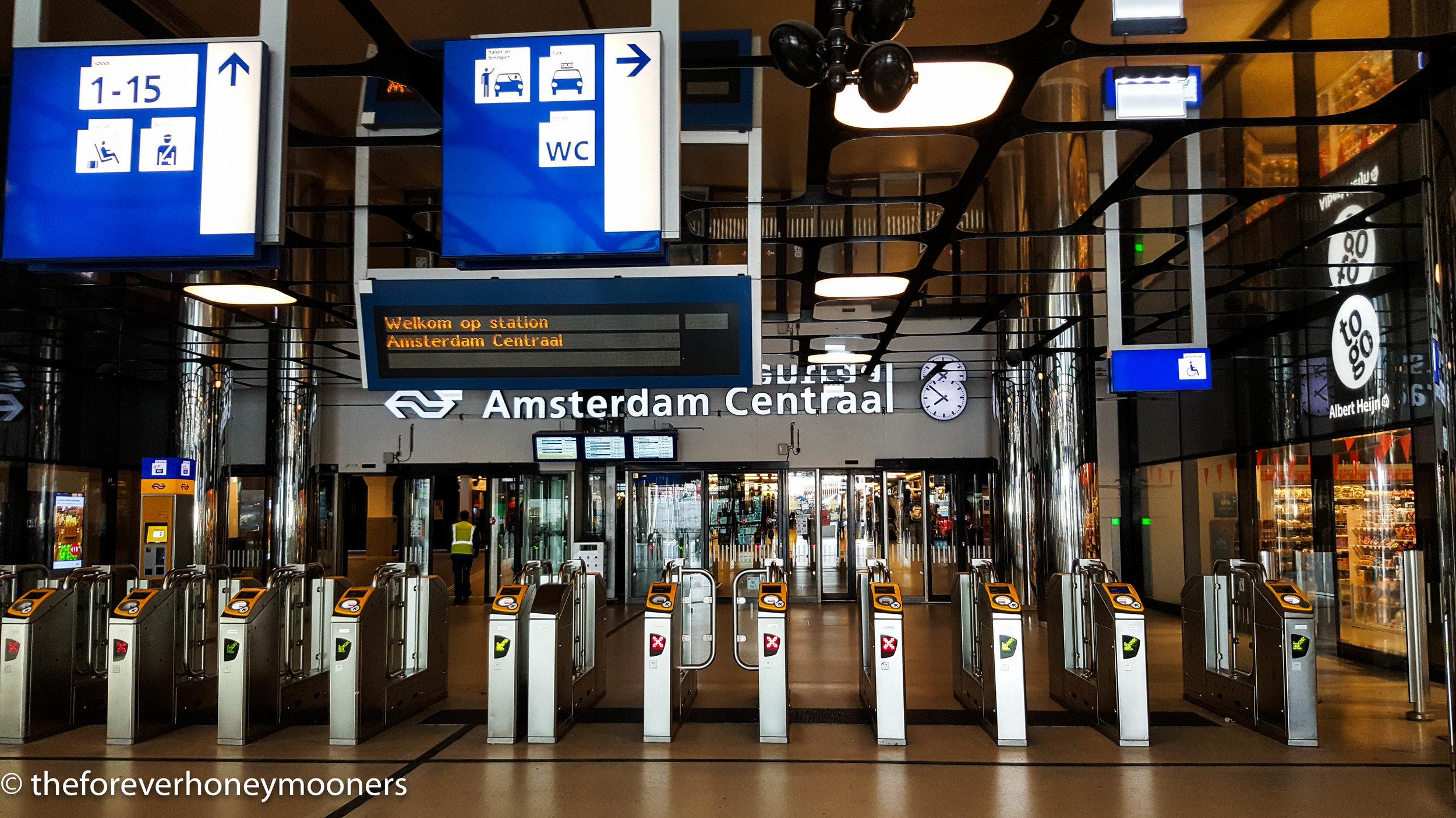 Inside Amsterdam Centraal