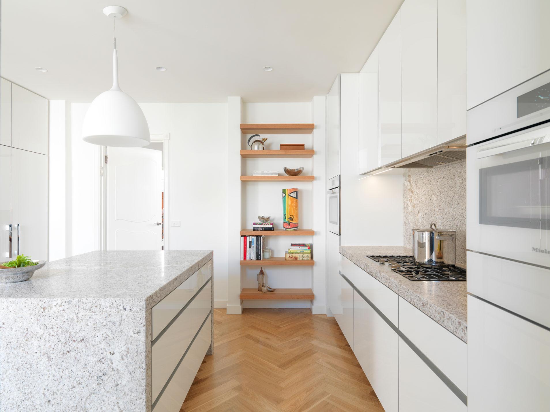 Rina Cohen Interiors, RCI Designs, Interior DesignGranite Kitchen St Kilda Residence