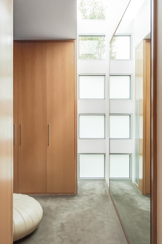 Rina Cohen Interiors, RCI Designs, Interior Design, Master Bedroom walk in robe entry