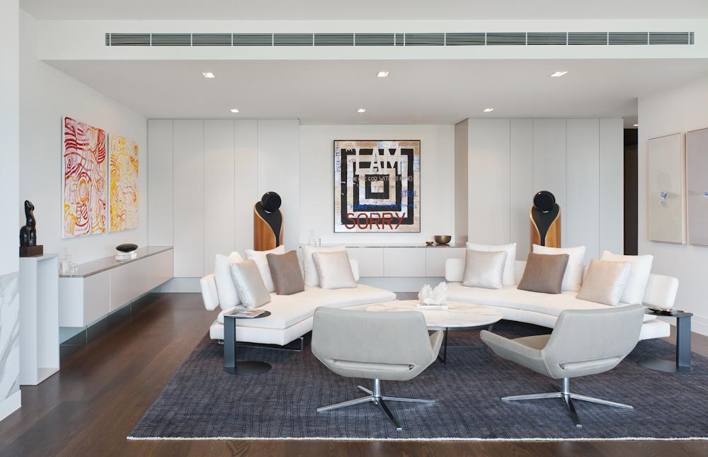 Rina Cohen Interiors, RCI Designs, Interior Design,Spacious lounge