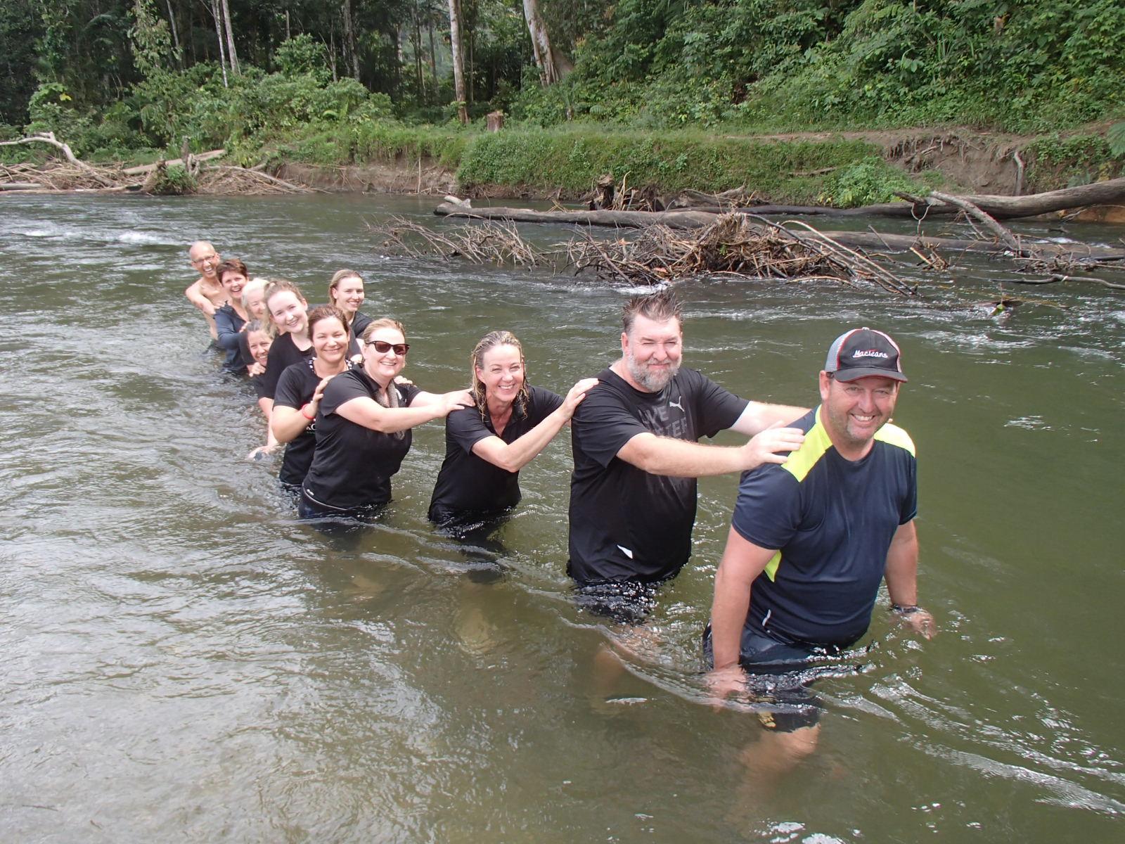 australian+kokoda+tours+creek+crossing.JPG