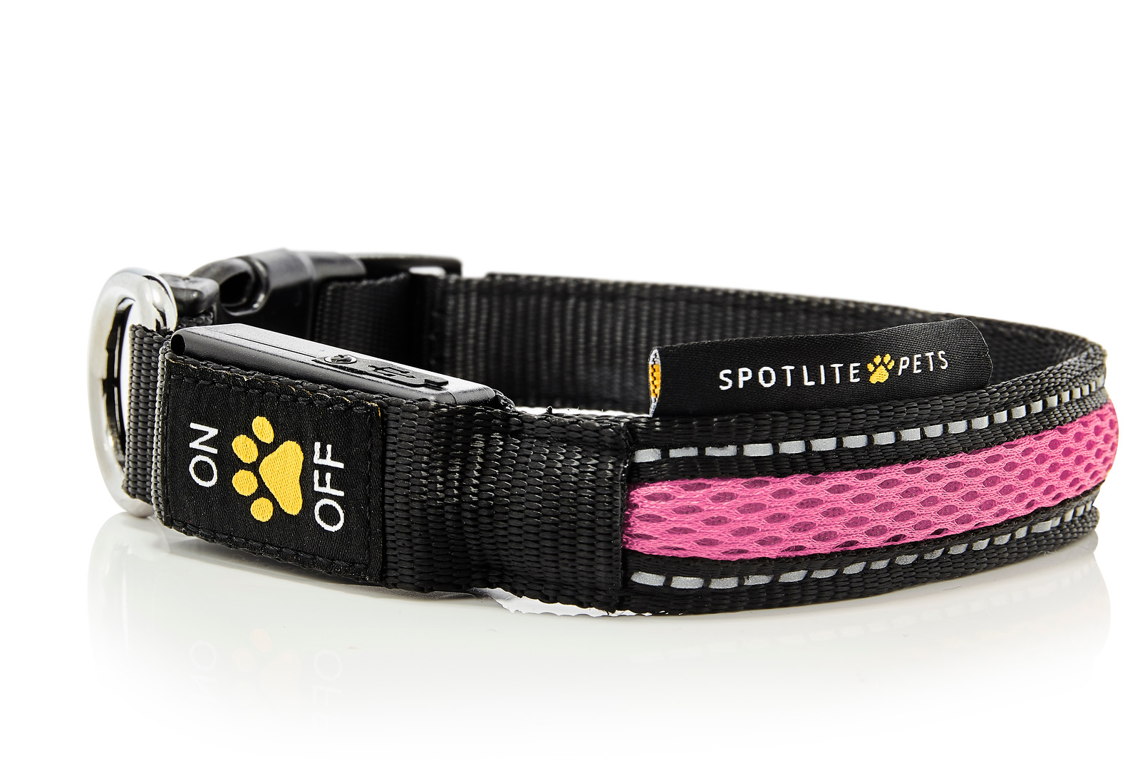 Pink_Collars_Leashes_Spotlite_Pets-X3.jpg