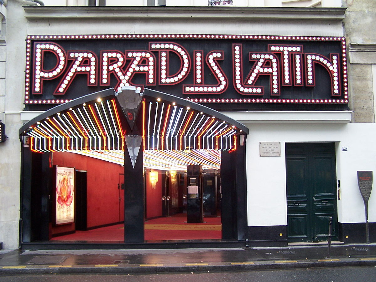 Paradis Latin - New Year Eve