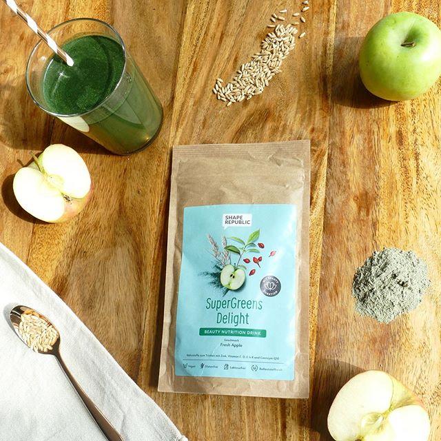 🍂🍁 Jetzt der Herbstgrippe vorbeugen: Unsere Super Greens versorgen euch mit allen wichtigen Nährstoffen, die ihr in der kalten Jahreszeit benötigt UND bringen euch außerdem zum Strahlen! ✨#shape_republic #shape_it_easy #boost #immune #vitamin #healthy #green #vegan