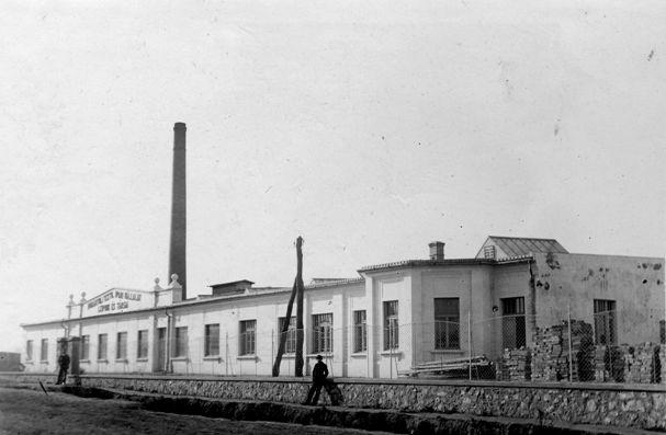 Ab 1923 bis 1938 war Rudolf Kastner Teilhaber an der Textilfabrik Leipnik & Co in Papa in Westungarn.  Foto um 1925 zur Verfügung gestellt von Familie Dittrich