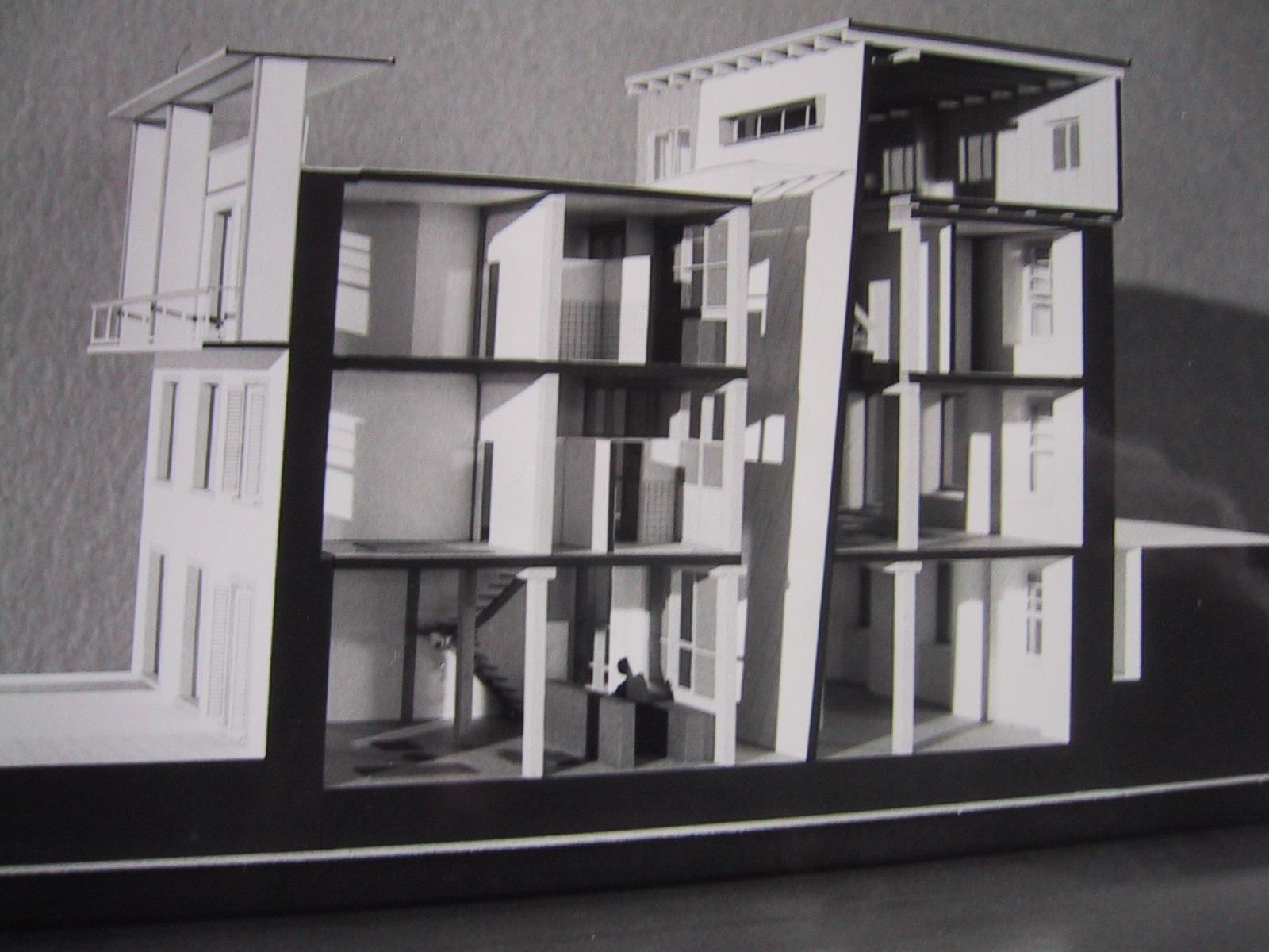 Modell aus dem Architekturwettbewerb zur Neugestaltung des ehemaligen Fabriksgeländes.  Foto 1988 Gemeindearchiv Thüringen