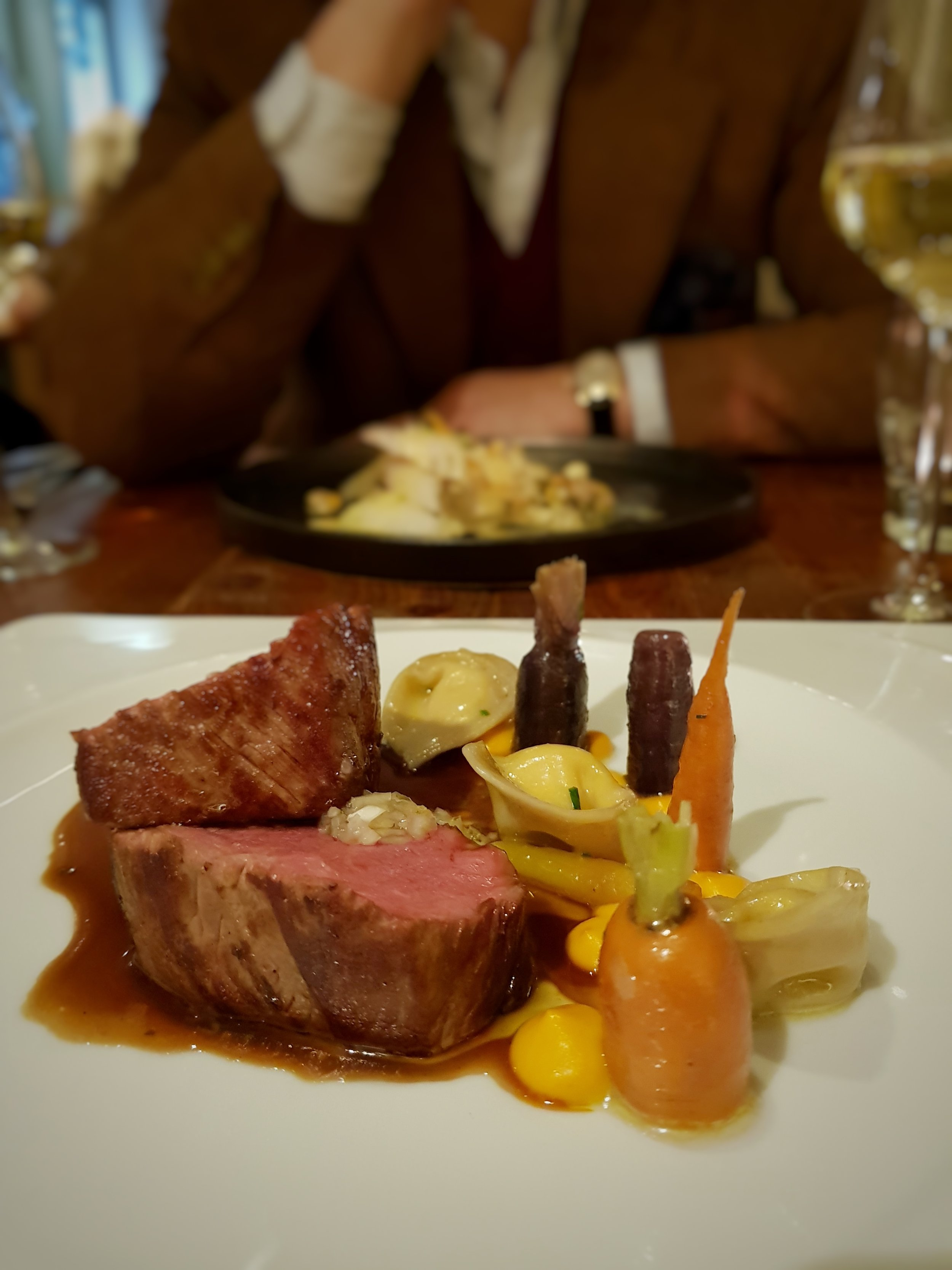 CAXTON BAR AND GRILL REVIEW ST ERMINS HOTEL LONDON