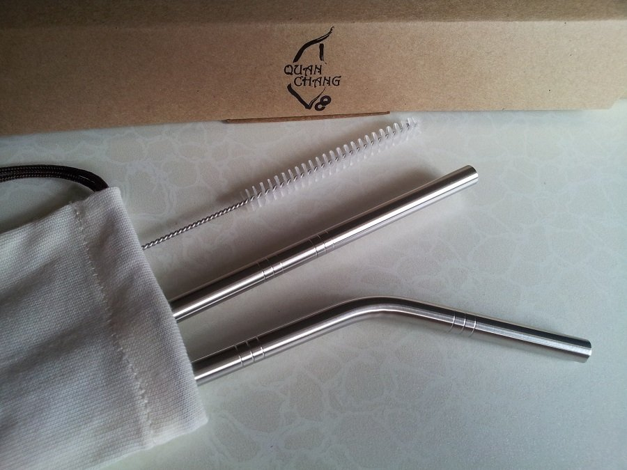 Steel straws and cleaning tool. Photo: qc-tw.com.