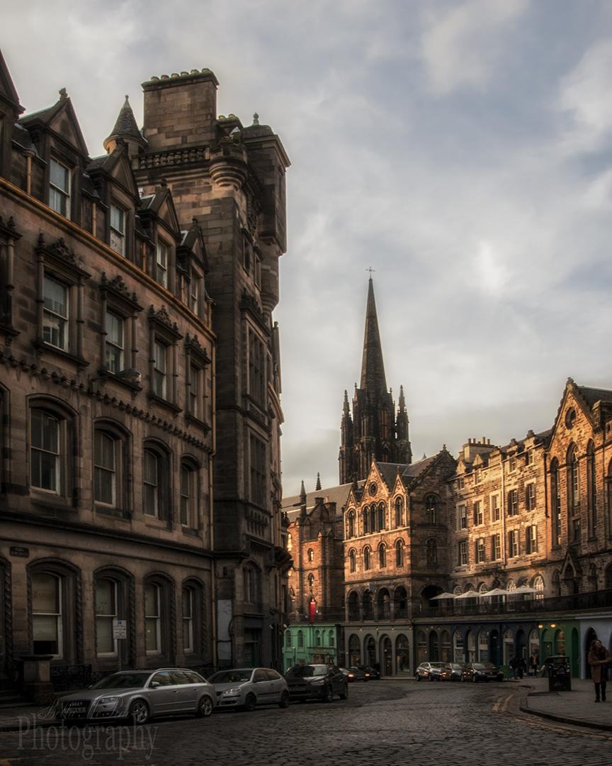 Victoria Street Edinburgh Walking Photo Tour