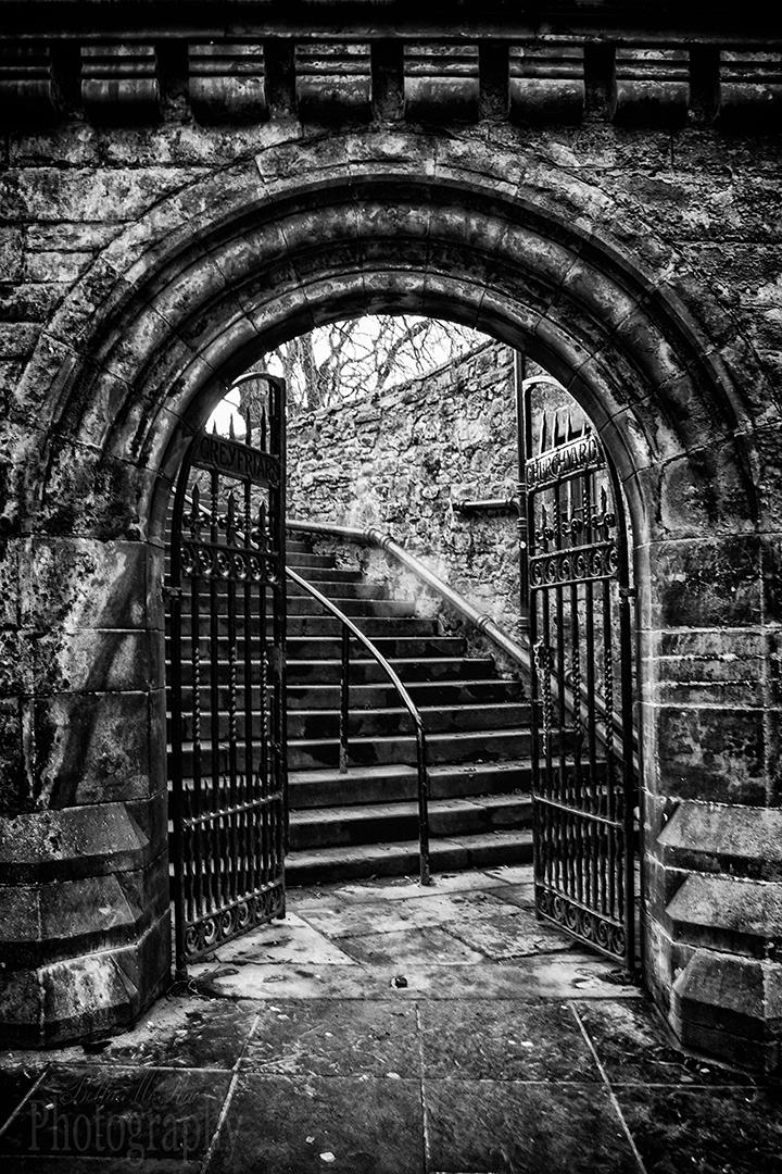 Edinburgh Walking Photography Tour Greyfriars Kirkyard