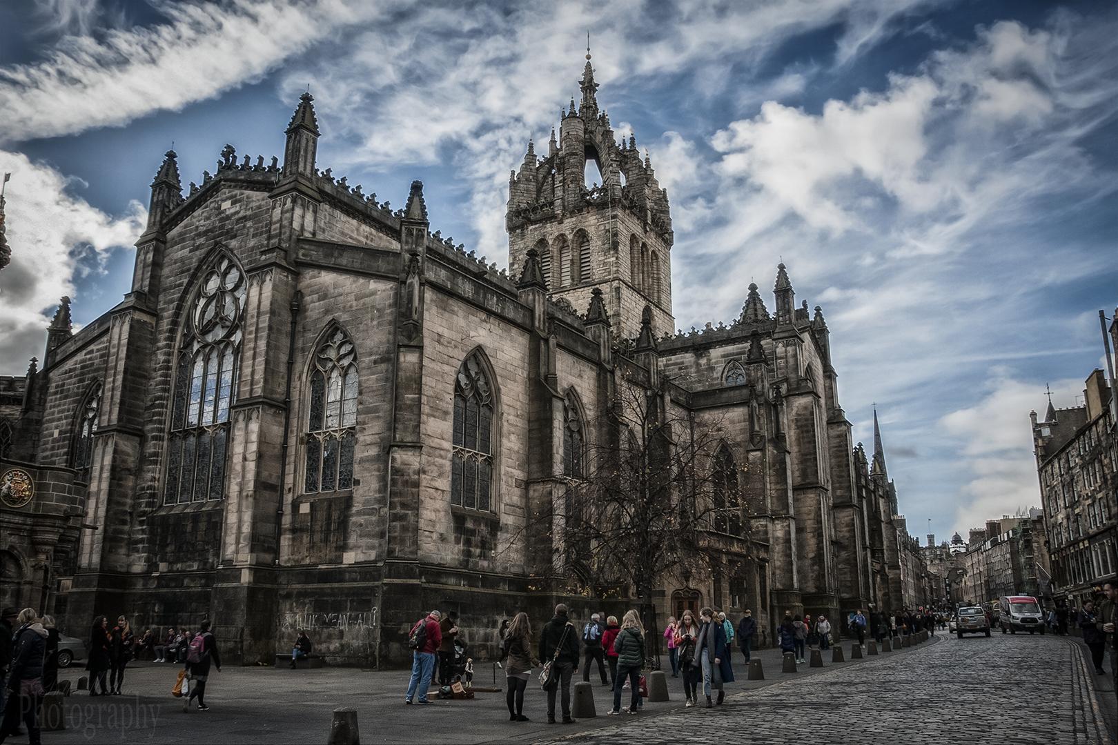 St Giles - No perspective Warp.jpg