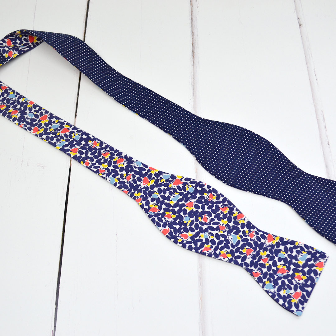 navy-bow-tie-005.png
