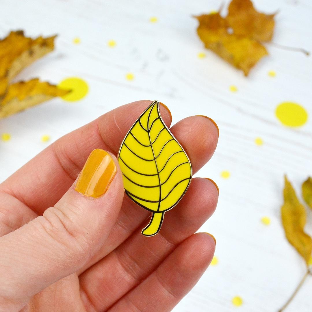 yellow leaf pin