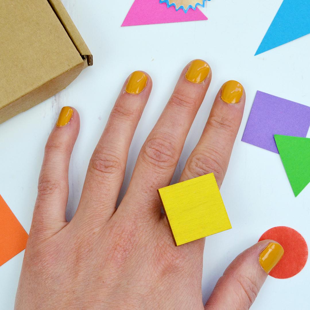 yellow-square-ring-005.jpg