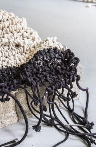 Jacqueline-Surdell-Artist-Sculpture-The-Process-of-Building-04.jpg